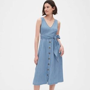 NWT Button-Front Midi Dress in TENCEL™✨✨✨